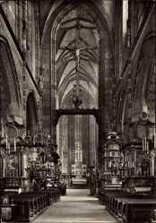 Postcard Kraków Krakau Polen, Marienkirche, Innenansicht, Mittelschiff und Chor