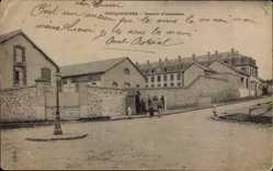 Ak Coulommiers Seine et Marne, Caserne d'Infanterie, Kaserne