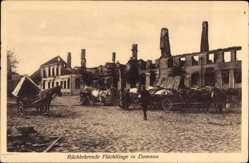 Ak Domnowo Domnau Ostpreußen, Rückkehrende Flüchtlinge, Kriegszerstörungen