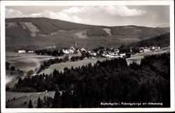 Postcard Bischofsgrün im Fichtelgebirge, Panoramablick auf den Ort mit Höhenang