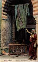 Ansichtskarte / Postkarte Maghreb, Scènes et Types, Intérieur Arabe, Araberin, Nackte Brust