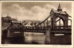 Postcard Bremen, Blick auf die große Weserbrücke, Mauerwerk, Fluss