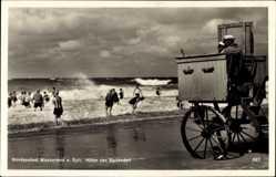 Ak Westerland auf Sylt, Hüter der Badenden, Rettungsschwimmer, Strand