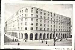 Postcard Warszawa Warschau Polen, Offizierheim, Eckhaus, Passanten