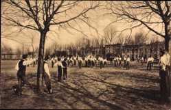 Ansichtskarte / Postkarte Meißen in Sachsen, Schulgarten von St. Afra, Jungen spielen Ball