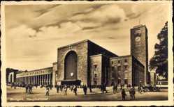 Postcard Stuttgart in Baden Württemberg, Hauptbahnhof, Vorplatz, Verkehr