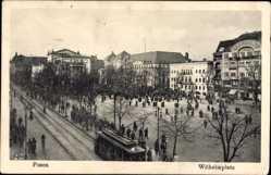 Ak Poznań Posen, Wilhelmplatz, Straßenbahn, Markttreiben