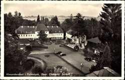 Postcard Bad Alexandersbad Fichtelgebirge Bayr. Ostmark, Schloß mit Parkansicht