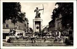 Ansichtskarte / Postkarte Großenhain in Sachsen, Diana Brunnen mit Frauenmarkt, Apotheke