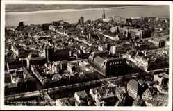 Postcard Düsseldorf am Rhein, Teilansicht, Häuser, Fluss, Fliegeraufnahme