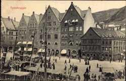 Postcard Bergen Norwegen, Tyskebryggen, Kontore am Hafen