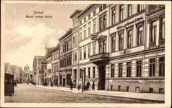 Postcard Zerbst in Anhalt, Hotel zum goldenen Löwen am Markt