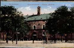 Postcard Germersheim, Blick auf das Garnisonlazarett, Hopital Militaire, Radfahrer