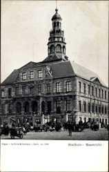 Postcard Maastricht Limburg Niederlande, Stadhuis, Rathaus, Pferdekutschen