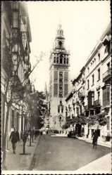 Postcard Sevilla Andalusien, Calle de Mateos Gago y la Giralda, Turm