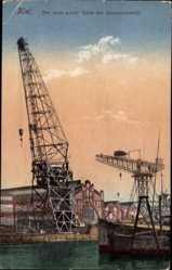 Postcard Kiel, Blick auf den neuen großen Kran der Germaniawerft, Hafenbecken