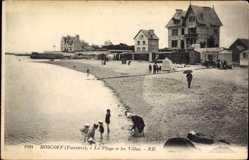 Ak Roscoff Finistère, La Plage et les Villas, Strand