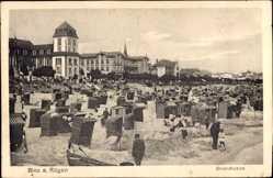 Postcard Binz auf Rügen, Blick auf den belebten Strand