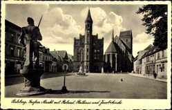 Postcard Perleberg in der Prignitz, Großer Markt mit Rolandstatue, Jacobikirche