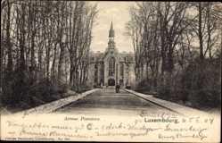 Postcard Luxemburg, Avenue Pescatore, Straßenpartie, Turm