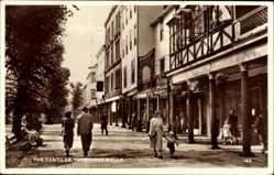 Postcard Royal Tunbridge Wells South East England, The Pantiles