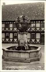 Postcard Helsingborg Schweden, Tycho Brahebrunnen, Fachwerkhaus