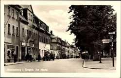 Postcard Marienberg im Erzgebirge Sachsen, Partie am Markt, Konsum, Straßenschilder