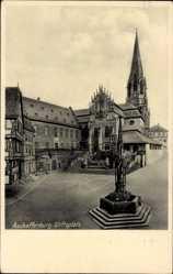 Postcard Aschaffenburg Unterfranken Bayern, Blick auf den Stiftsplatz, Denkmal