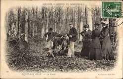Postcard Compiègne Oise, Equipage Olry, la Curee, Jagd, Wald, Jäger