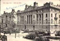 Postcard Budapest Ungarn, Österreichisch ungarische Bank, Straßenbahn, Fuhrwerk