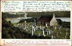Postcard Llandudno Wales, The great Jaw Breaker, Friedhof, Grabsteine, cemetery
