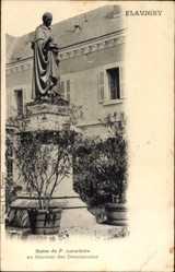 Postcard Flavigny sur Ozerain Côte d'Or, Statue du P. Lacordaire, Couvent des Dominic.