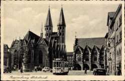 Postcard Braunschweig in Niedersachsen, Blick auf den Altstadtmarkt,Kirche,Straßenbahn
