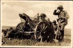 Postcard Reichswehr, Ein getarnter Minenwerfer, Artillerie, Mörser