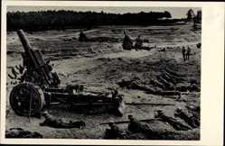 Postcard Deutsche Wehrmacht, Artilleriegeschütze im Einsatz