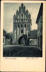 Postcard Neubrandenburg in Mecklenburg Vorpommern, Blick auf das neue Tor, Giebel