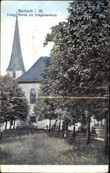 Postcard Burbach in Westfalen, Evangelische Kirche mit Kriegerdenkmal