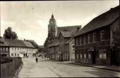 Postcard Eisfeld in Thüringen, Partie am Markt, Kirche, Hotel Goldener Hirsch