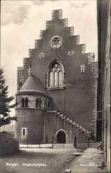 Postcard Bergen Norwegen, Haaskonshallen, Markthalle, Freitreppe