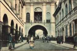 Postcard Vilnius Wilna Litauen, Die Heiligen Straße, Torbogen, Passanten