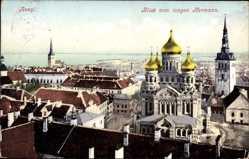 Postcard Tallinn Reval Estland, Blick vom langen Hermann auf den Ort mit Kirche