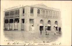 Postcard Dschibuti, Maison Calvet, Gebäude, Anwohner mit Hüten