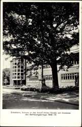 Postcard Elmshorn im Kreis Pinneberg, Schule mit Denkmal der Befreiungskriege