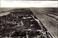 Postcard Nordseebad Juist in Ostfriesland, Blick auf den Ort, Fliegeraufnahme