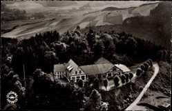 Postcard Meschede im Hochsauerlandkreis, Jahn Halle und Burgruine