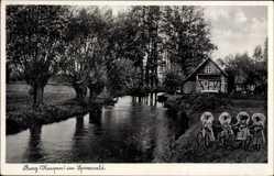 Ak Burg Kaupen im Spreewald, Kurhaus von J.H. Müller, Frauen in Tracht