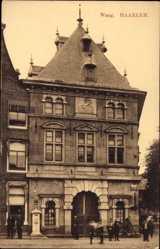 Postcard Haarlem Nordholland Niederlande, Waag, Gebäude, Einfahrtstor