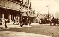 Foto Ak Kolkata Kalkutta Indien, Sir Stuart Hogg Market, horse carriages