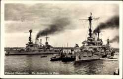 Ak Świnoujście Swinemünde Pommern, Die Hochseeflotte im Hafen, Kriegsschiffe