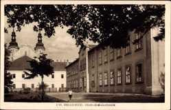 Postcard Uherské Hradiště Ungarisch Hradisch Reg. Zlin, Obchodna akademia
